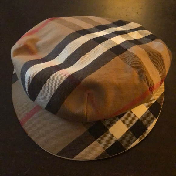 2a051975c87 Burberry Accessories - Burberry of London Newsboy Cap